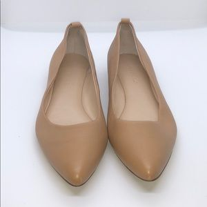 Banana republic Tan leather flats